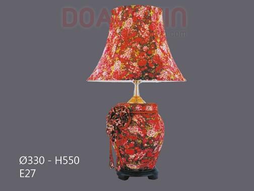Đèn Ngủ Để Bàn Hoa Màu Đỏ Sang Trọng - Densaigon.com