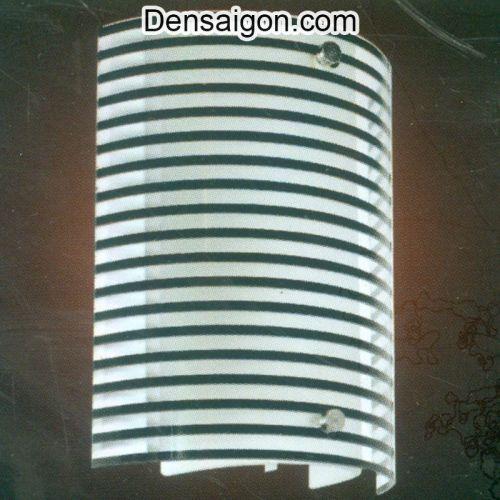 Đèn Tường Kiếng Hoa Văn Sọc Đen - Densaigon.com