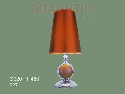 Đèn Ngủ Để Bàn Gỗ Màu Nâu - Densaigon.com