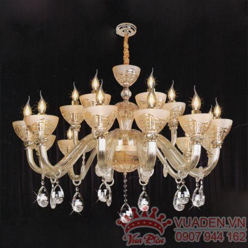 Đèn chùm pha lê kiểu dáng khách lạ trang trí phòng khách đẹp - Densaigon.com